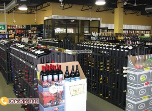 Mẫu thiết kế cửa hàng rượu vang HR24