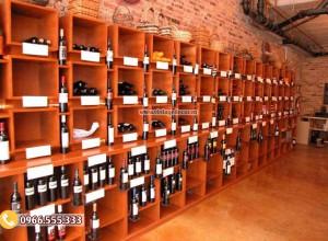 Mẫu thiết kế cửa hàng rượu vang độc đáo CHR07