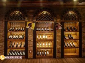 Mẫu thi công hầm rượu nhà hàng vintage BR81