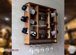 Mẫu kệ rượu vang treo tường đa năng KR52