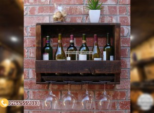 Mẫu kệ rượu vang treo tường gỗ sồi KR54