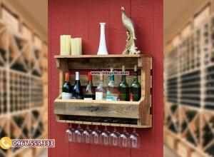 Mẫu kệ rượu vang treo tường trang trí  KR93