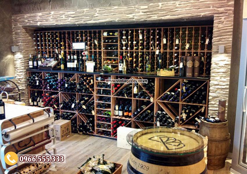 Mẫu thiết kế cửa hàng rượu vang CHR19