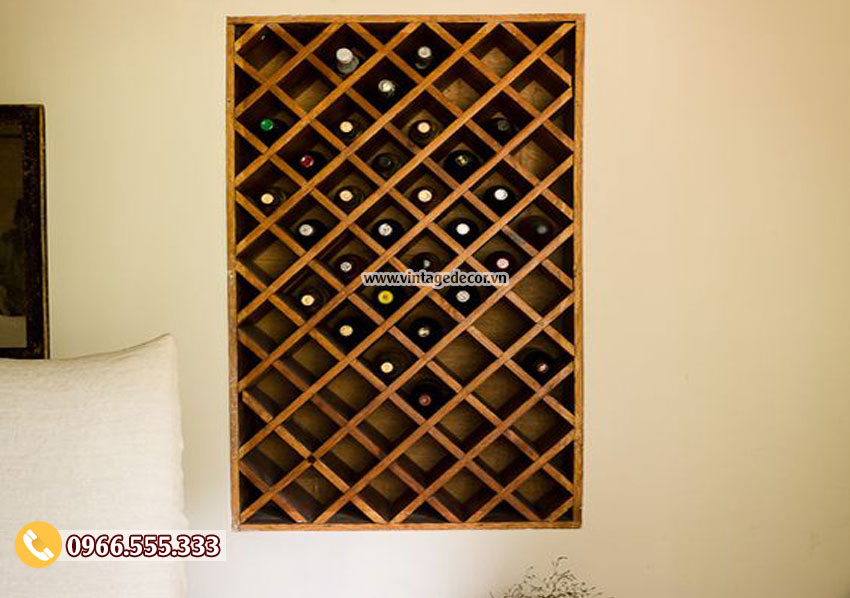Mẫu kệ rượu treo tường gỗ sồi TBR27