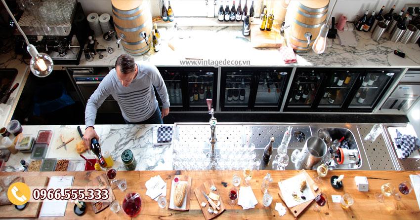 Mẫu thiết kế quán bar rượu vang sang trọng BR08