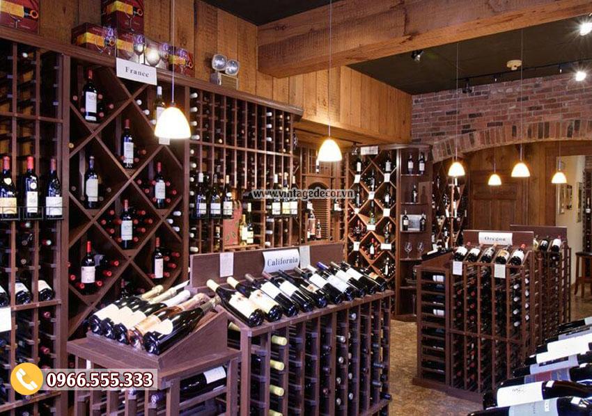 Mẫu thiết kế cửa hàng rượu vang sang trọng CHR08