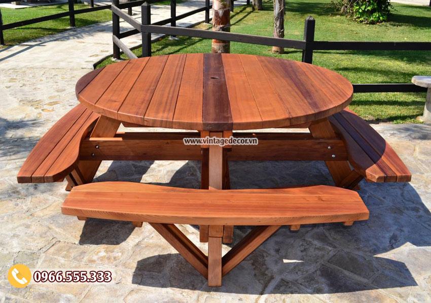 Mẫu bộ bàn liền ghế phong cách cổ điển BG36