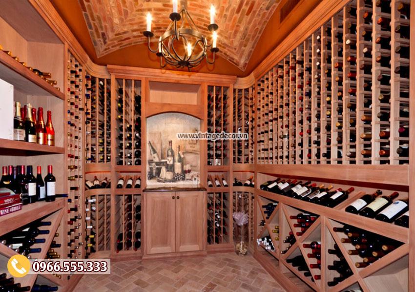 Mẫu thiết kế hầm rượu vang gỗ thông nhập khẩu HR61