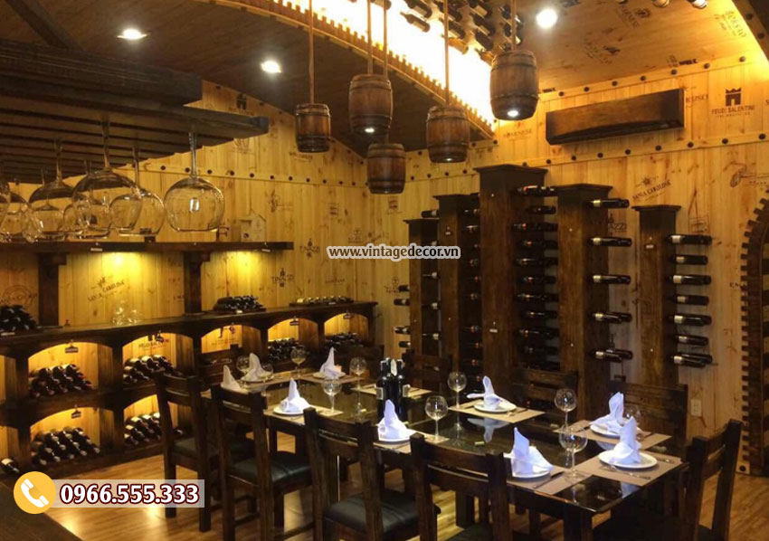 Mẫu nhà hàng hầm rượu trang trí gỗ thông nhập khẩu BR45