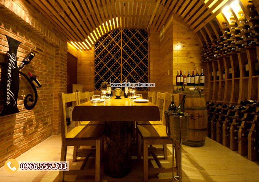 Mẫu phòng Vip nhà hàng rượu vang cổ điển BR32