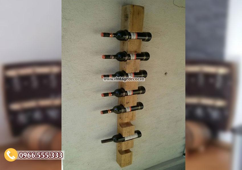 Mẫu kệ rượu treo tường đẹp KR28
