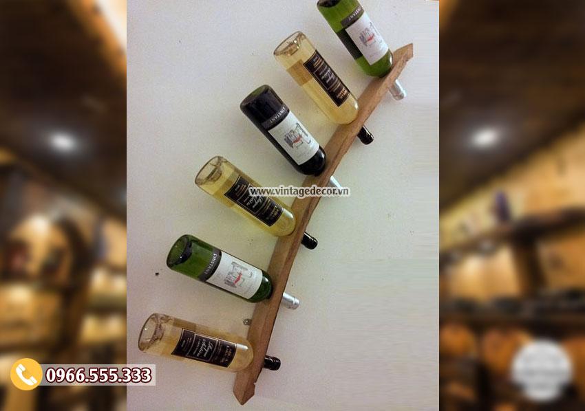 Mẫu kệ rượu vang gắn tường đơn giản KR51