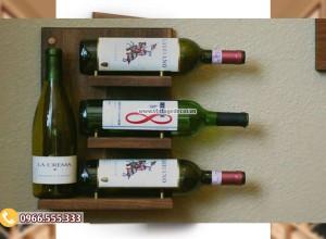 Mẫu kệ rượu vang treo tường TBR195