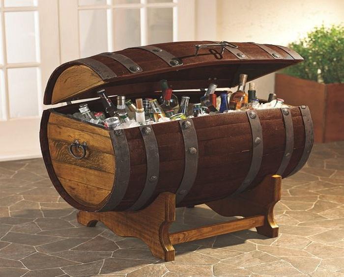 thùng trống đựng rượu