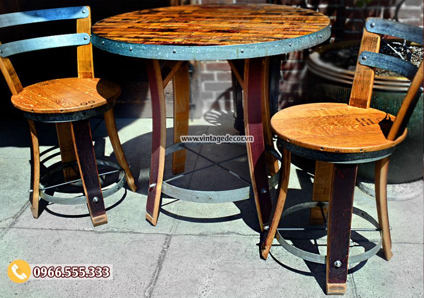 Mẫu bộ bàn ghế thùng rượu tái chế đẹp DL15