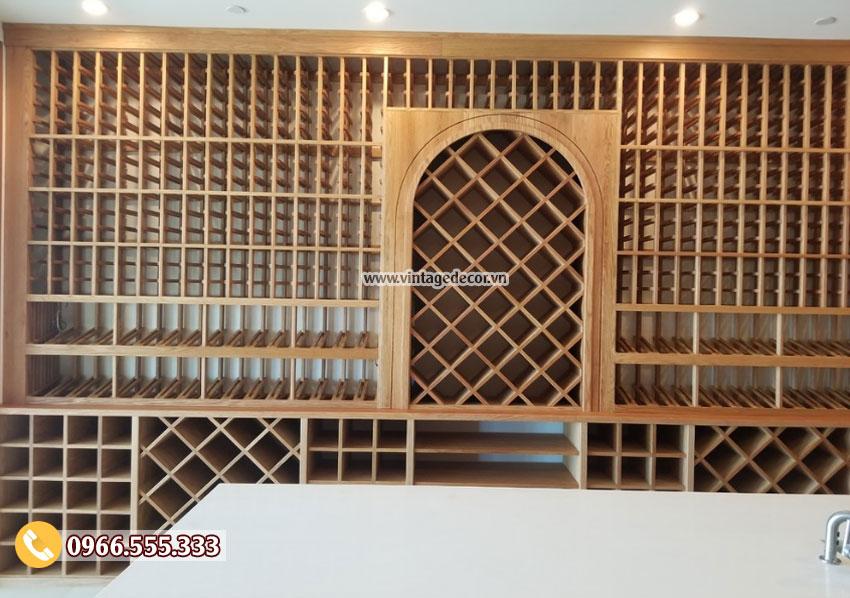 Mẫu hầm rượu vang trong nhà gỗ sồi đẹp HR67