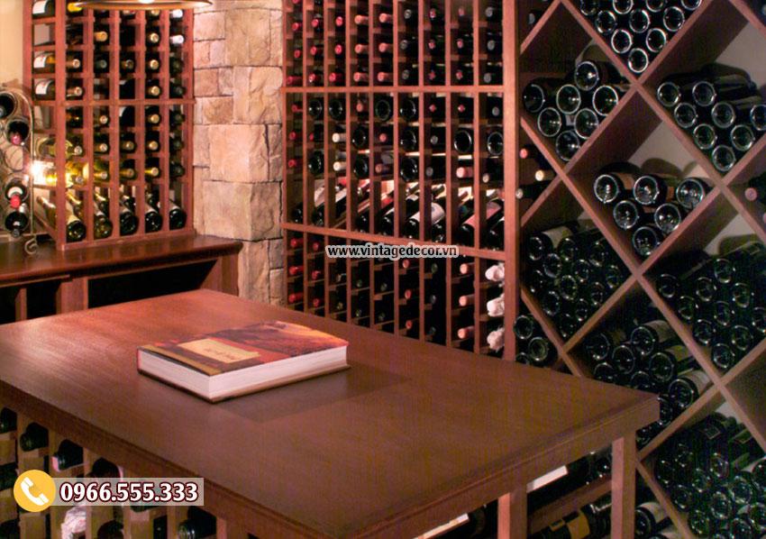 Mẫu hầm lưu trữ rượu vang phong cách cổ điển HR84