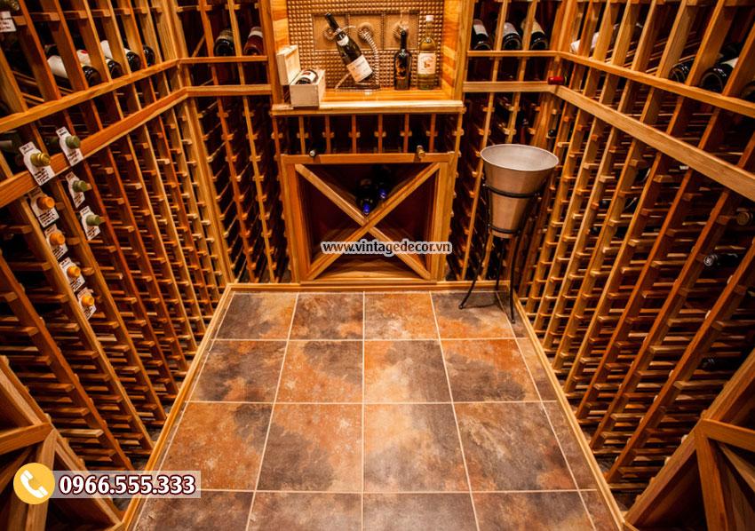 Mẫu thiết kế hầm rượu vang tại nhà gỗ sồi HR87