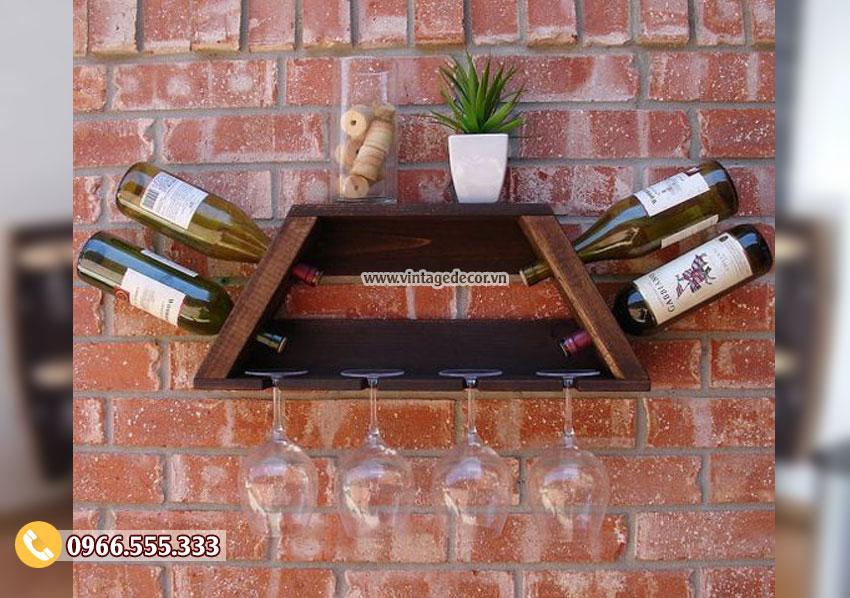 Mẫu kệ rượu treo tường mini KR20