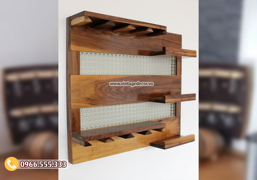 Mẫu kệ rượu treo tường gỗ sồi KR37