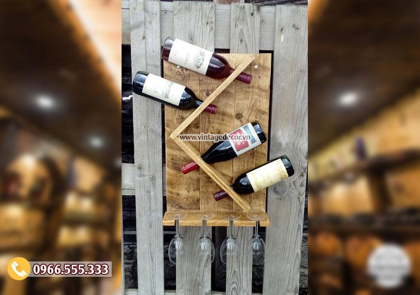 Mẫu kệ rượu gắn tường đơn giản KR47