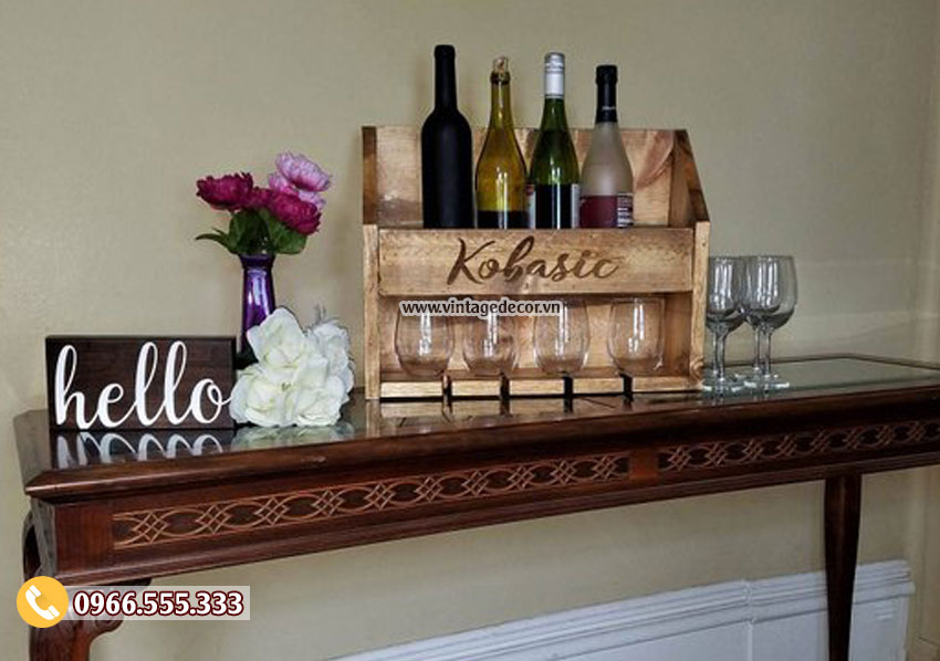 Mẫu kệ rượu vang để bàn tiện ích KR71