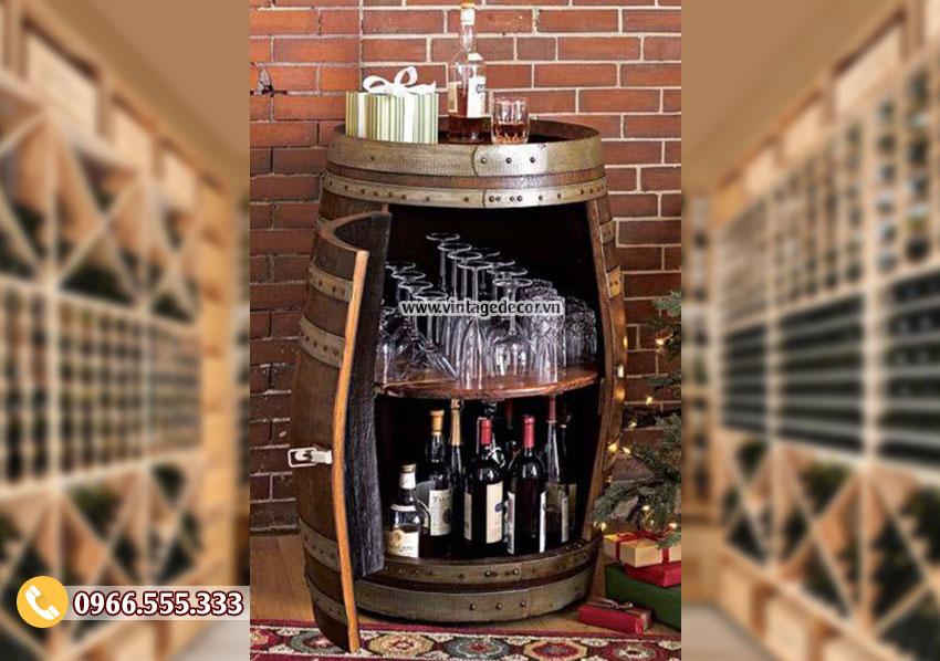 Mẫu kệ rượu từ thùng rượu KR50