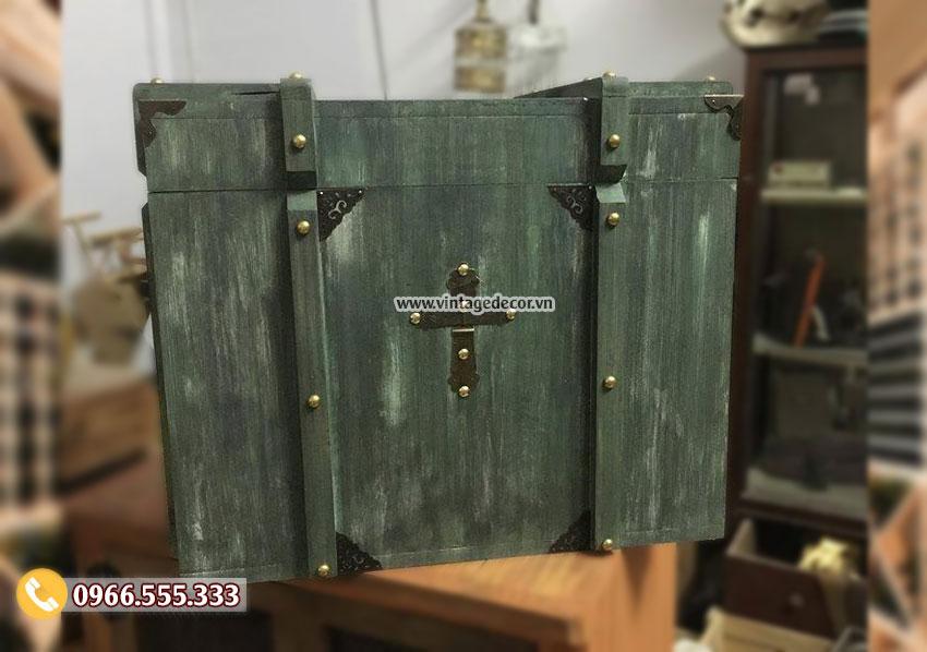 Mẫu rương để đồ viền gỗ đinh tán RG95
