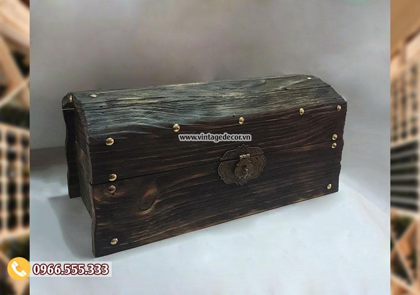 Mẫu rương gỗ lưu trữ cổ điển đính đinh tán RG101