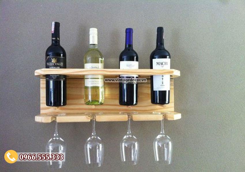 Mẫu kệ rượu vang treo tường đẹp TBR196