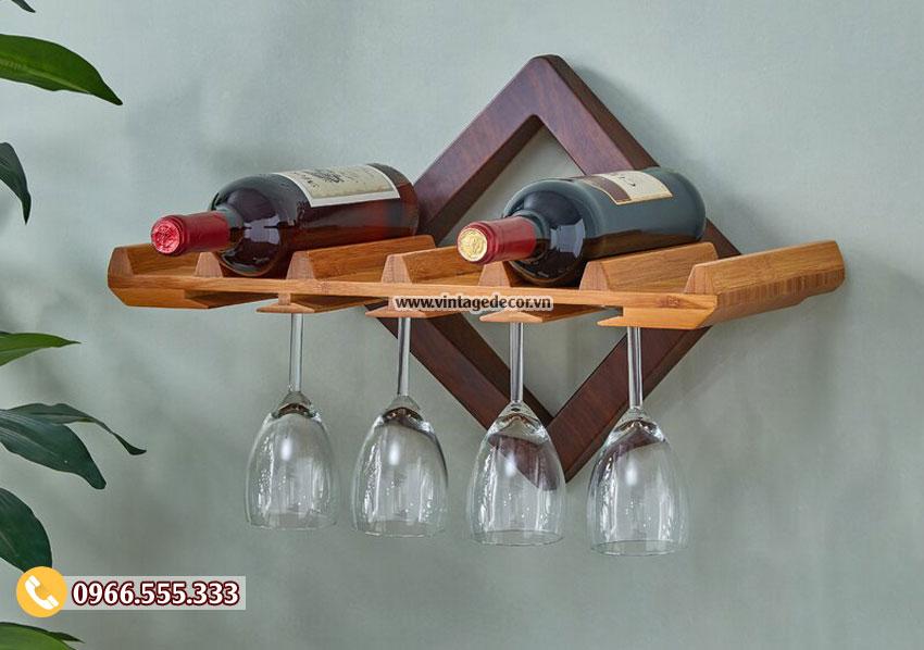 Mẫu kệ rượu treo tường đơn giản TBR207