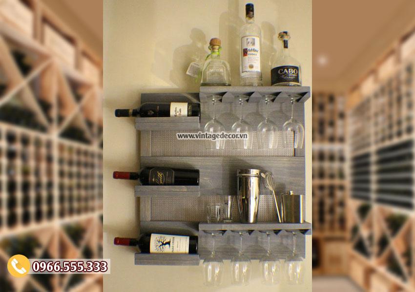 Mẫu kệ rượu vang treo tường giá rẻ TBR214