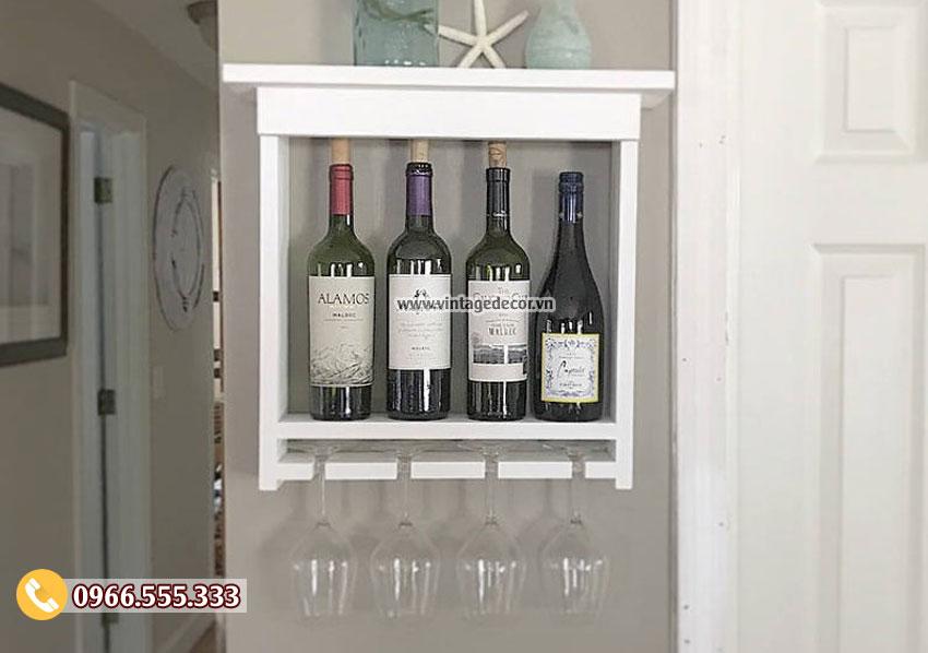 Mẫu kệ rượu vang treo tường giá rẻ TBR215