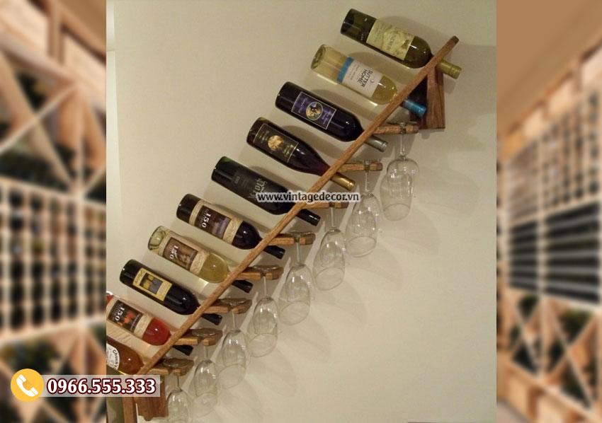 Mẫu kệ rượu vang treo tường độc lạ TBR217