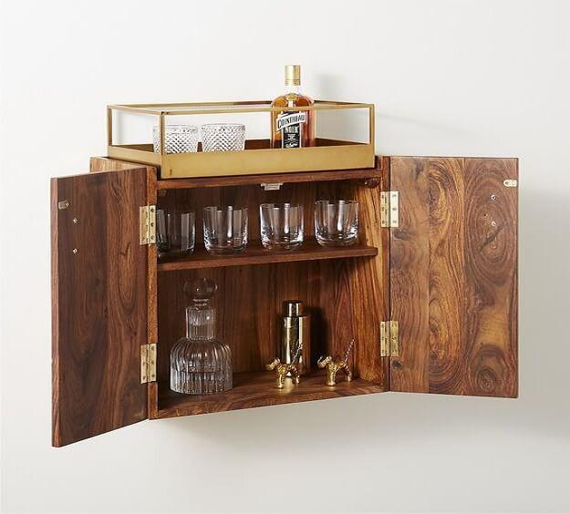(Tủ rượu treo tường dạng góc sang trọng và phát huy tối đa công năng sử dụng)